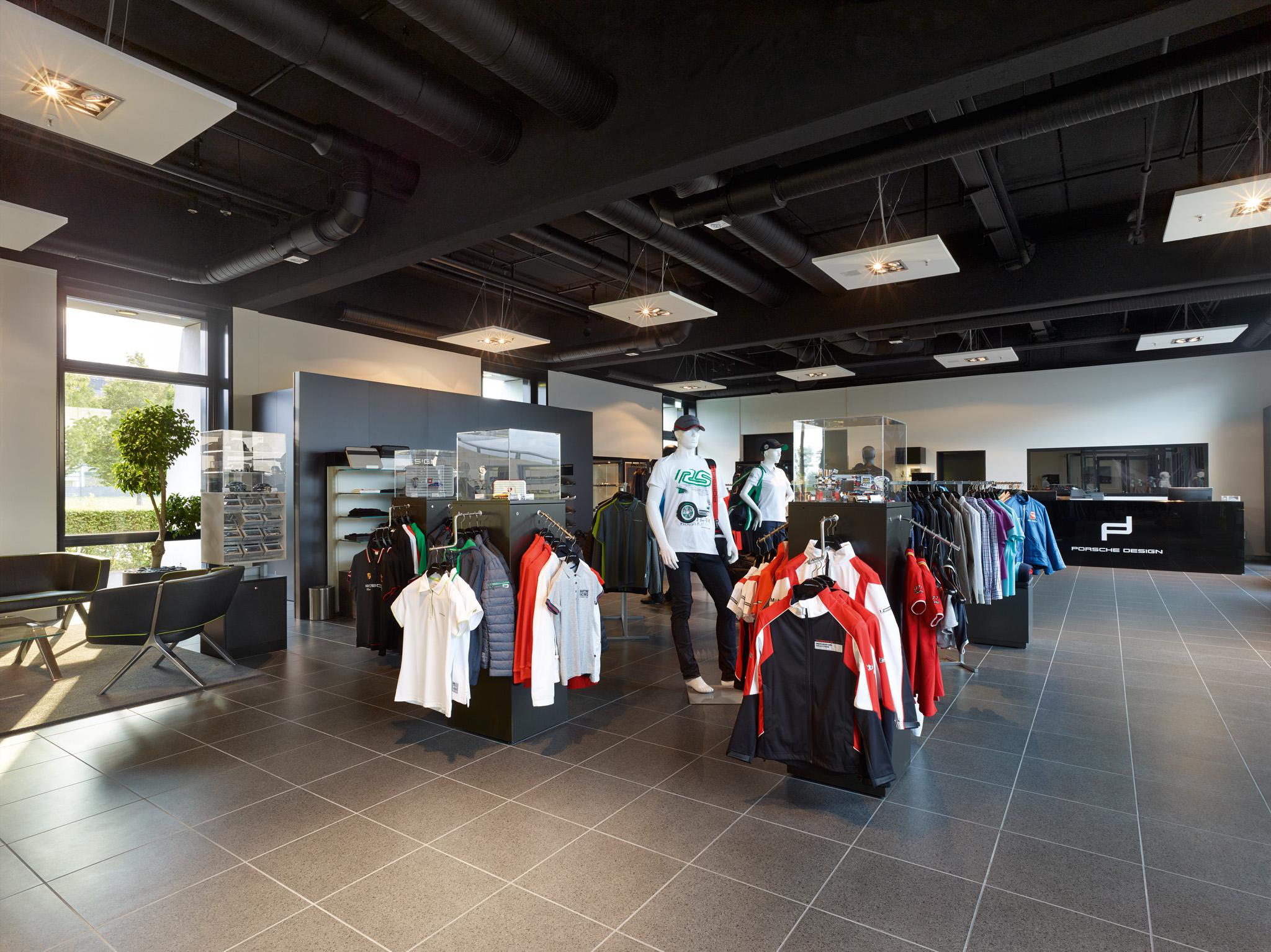 Shop Porsche Leipzig Gmbh